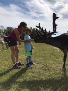 Rudolf ville såklart också hälsa, och visa några tricks.